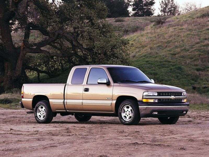 Chevrolet Silverado GMT800Extended Cab pick up 4 bit. 6.0 5AT 4WD LWB 3500HD (1999–2002)
