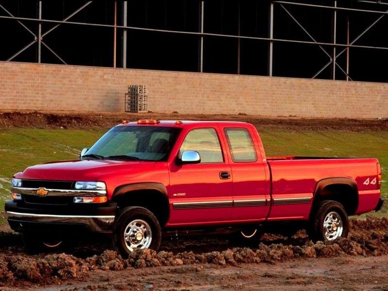 Chevrolet Silverado GMT800Extended Cab pick up 4 bit. 8.1 5AT 2500HD (2001–2002)