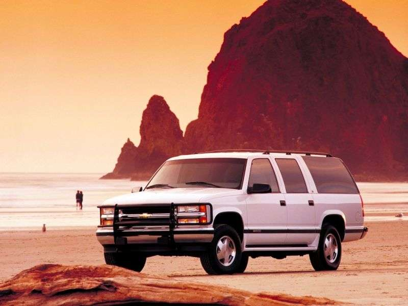 Chevrolet Suburban GMT400 SUV 5.7 C1500 4AT (1994–1995)