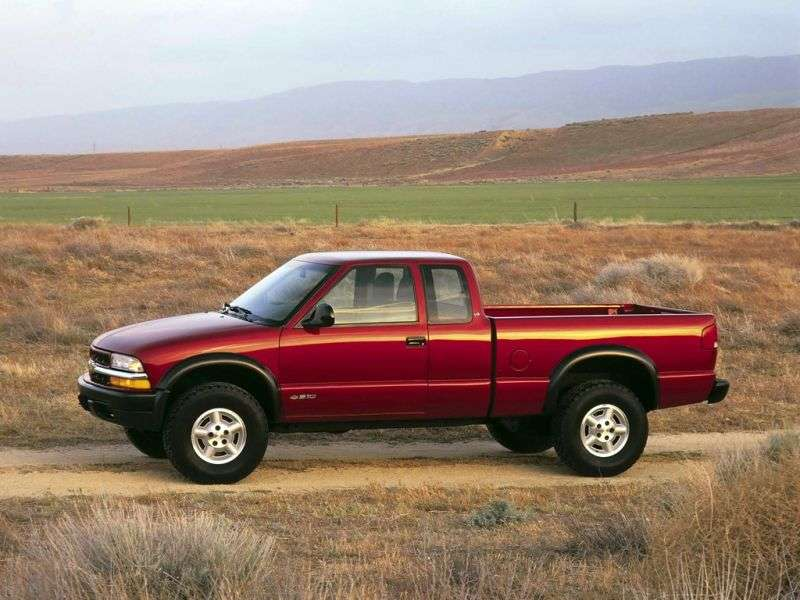 Chevrolet S 10 2 generation [restyling] Extended Cab pickup 2 dv. 4.3 AT 4WD (2000–2003)