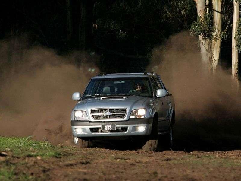 Chevrolet S 10 2nd generation Cabine Dupla BR spec pickup 4 bit. 2.8 TD MT 4WD (2005–2012)