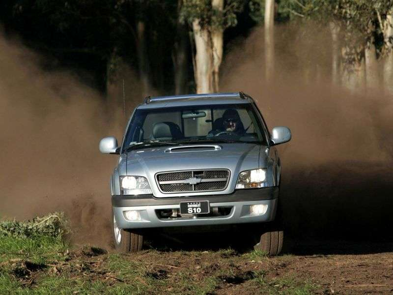 Chevrolet S 10 2nd generation Cabine Dupla BR spec pickup 4 bit. 4.3 AT 4WD (1999–2001)
