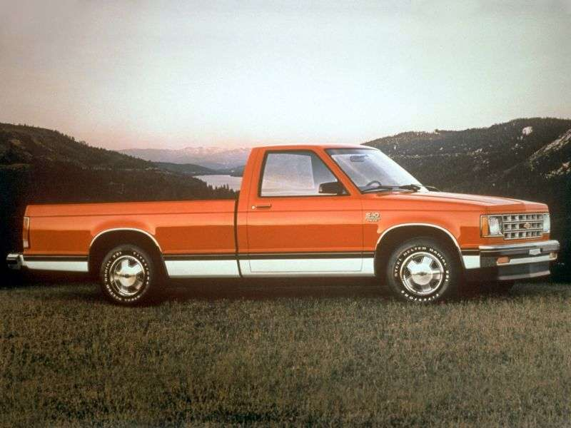 Chevrolet S 10 1st generation Regular Cab pickup 2 bit. 2.8 5MT 4WD LWB (1983–1985)