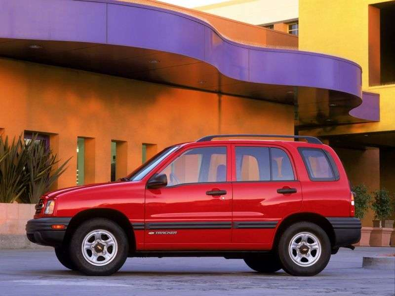 Chevrolet Tracker 2nd generation SUV 2.0 MT (1998–2001)