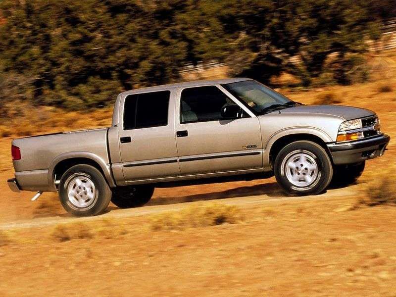 Chevrolet S 10 2nd generation [restyling] Crew Cab pick up 4 bit. 4.3 AT 4WD (2001–2004)