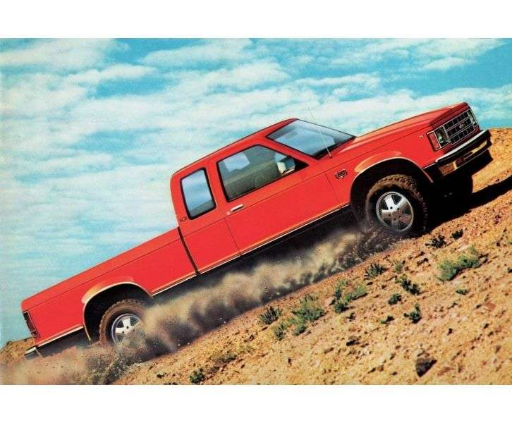 Chevrolet S 10 1st generation Extended Cab pickup 2.8 4AT (1983–1985)