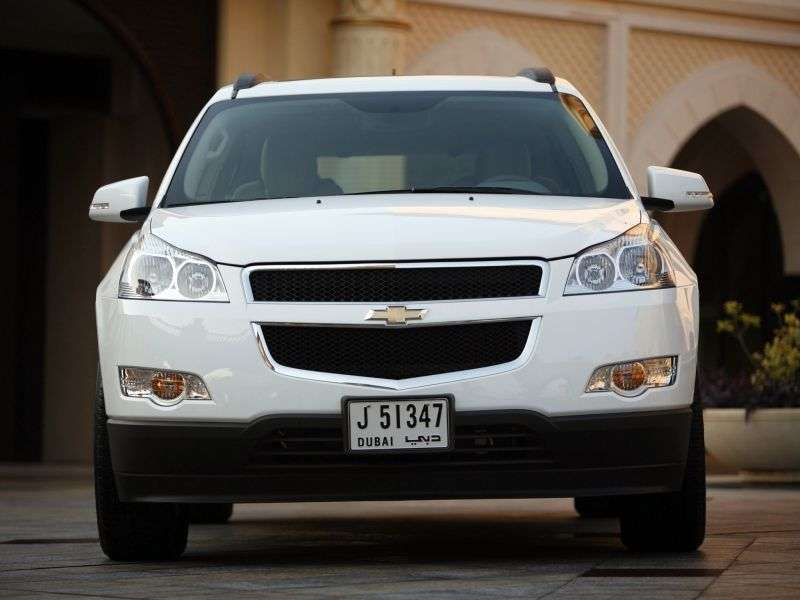 Chevrolet Traverse 1st generation crossover 3.6 AT AWD (2009–2012)