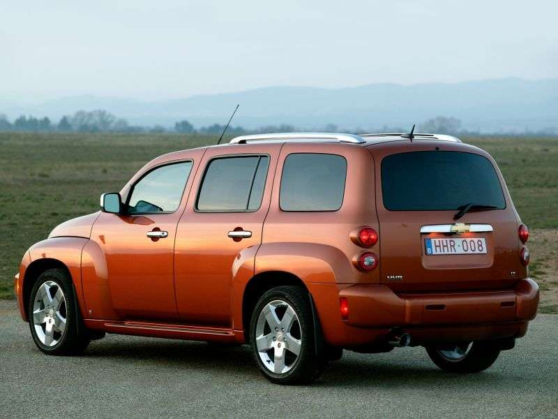 Chevrolet HHR 1st generation 5 speed wagon. 2.4 Ecotec MT (2007–2007)