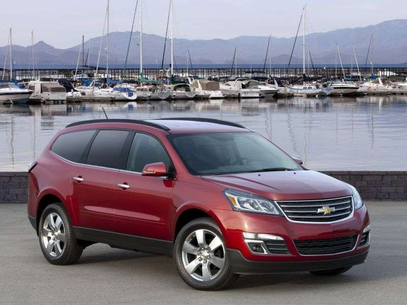 Chevrolet Traverse 2 generation crossover 3.6 AT (2012 – n.)