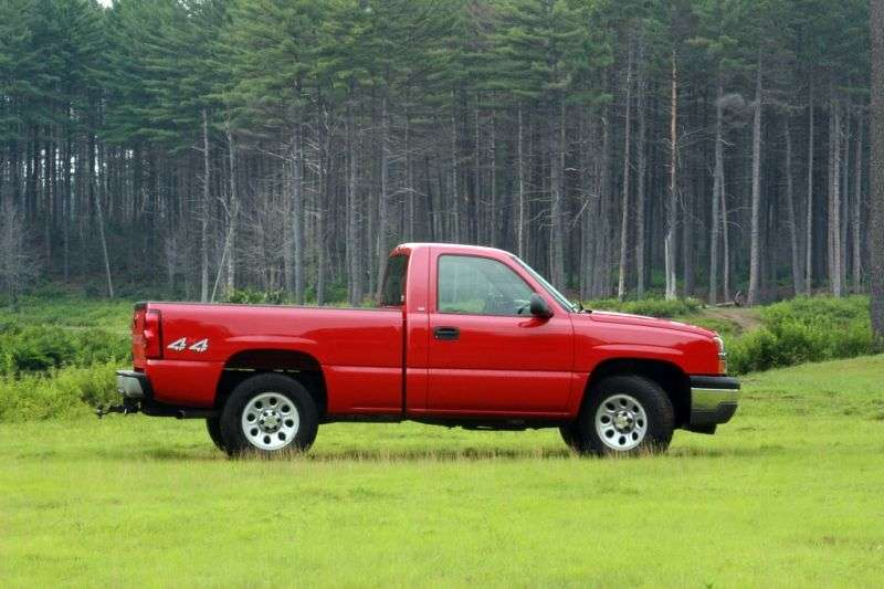 Chevrolet Silverado GMT800 [restyling] Regular Cab pick up 2 dv. 4.8 4AT 4WD 1500 Sportside (2005–2006)