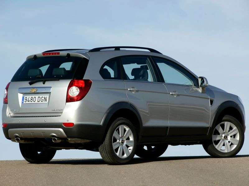 Chevrolet Captiva 1st generation 2.4 LPG MT crossover 5 seats (2006–2011)