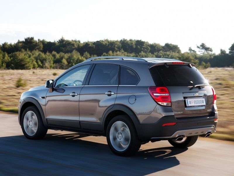 Chevrolet Captiva 1st generation [2nd restyling] crossover 3.0 AT AWD (7 seats) (2013 – n.)