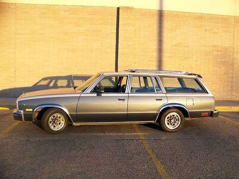Chevrolet Malibu 1st generation [4th restyling] Station Wagon station wagon 3.8 AT (1983–1983)