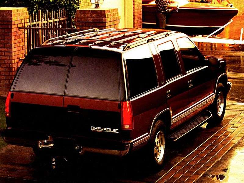 Chevrolet Tahoe GMT400 5 door SUV. 5.7 AT (1996–1999)