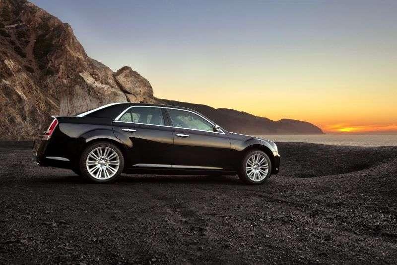 Chrysler 300C 2 generation sedan 4 doors. 3.0 D AT (2011 – n. In.)