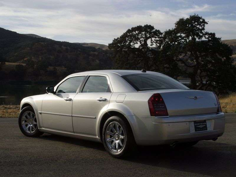 Chrysler 300C 1st generation sedan 3.5 AT (2005–2011)