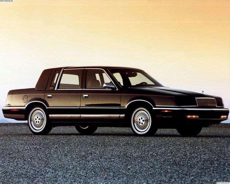 Chrysler Fifth Avenue 2nd generation sedan 3.3 AT (1990–1993)