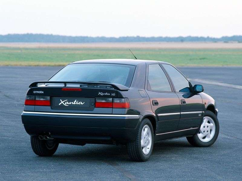 Citroen Xantia X1 hitchback 1.8 MT (1993–1998)