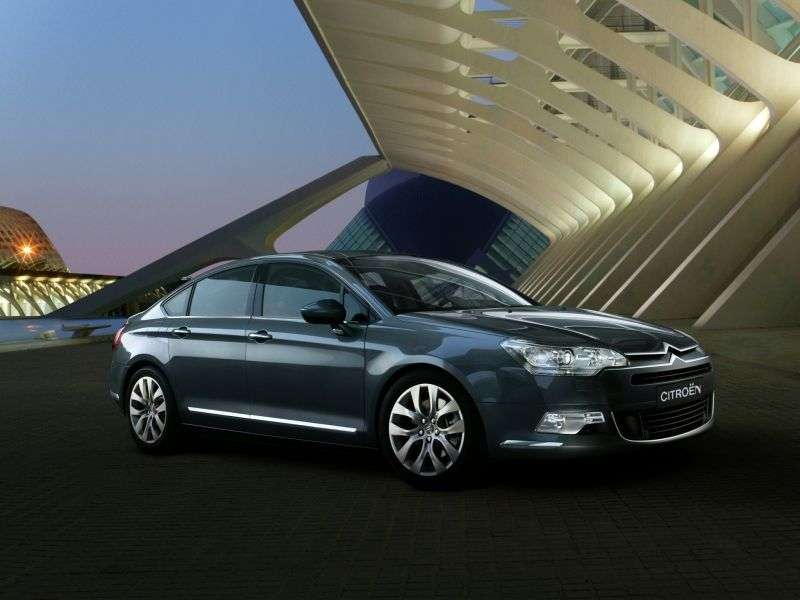 Citroen C5 2nd generation 2.0 sedan Hdi AT Confort (2013) (2008 – current century)