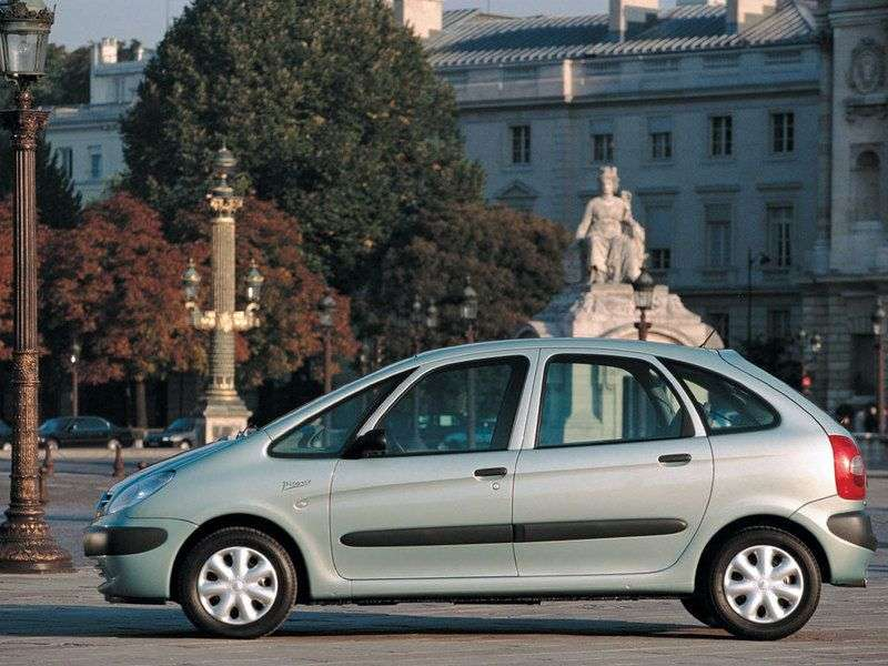 Citroen Xsara Picasso 1st generation minivan 1.6 MT (2000–2009)