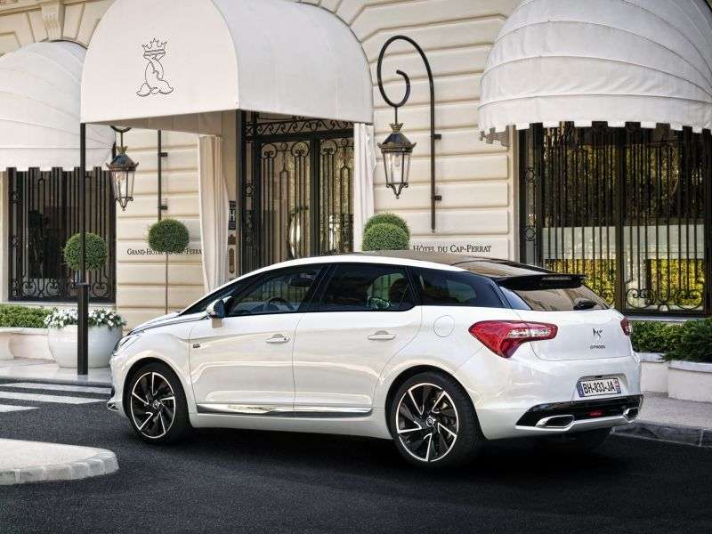 Citroen DS5 1st generation hatchback 2.0 AT HDi So Chic (2012) (2012 – n.)