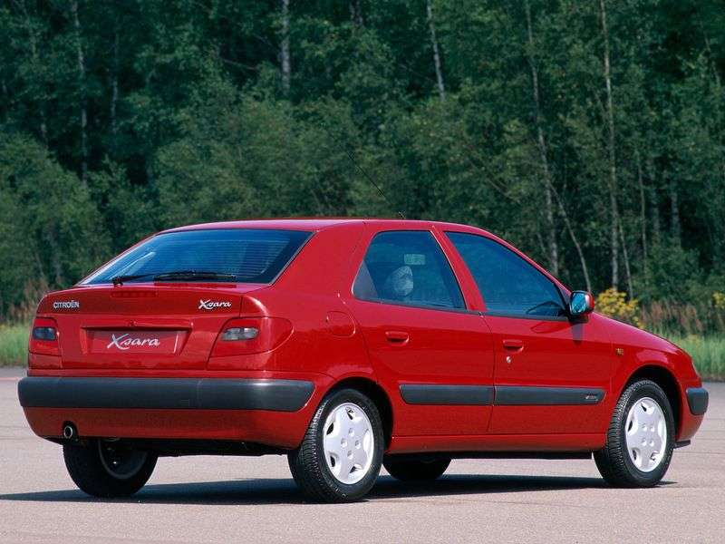 Citroen Xsara 1st generation hatchback 1.8 MT (1997–2000)