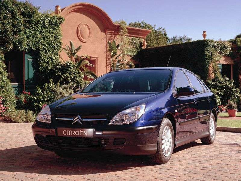 Citroen C5 1st generation hatchback 2.0 MT (2001–2003)