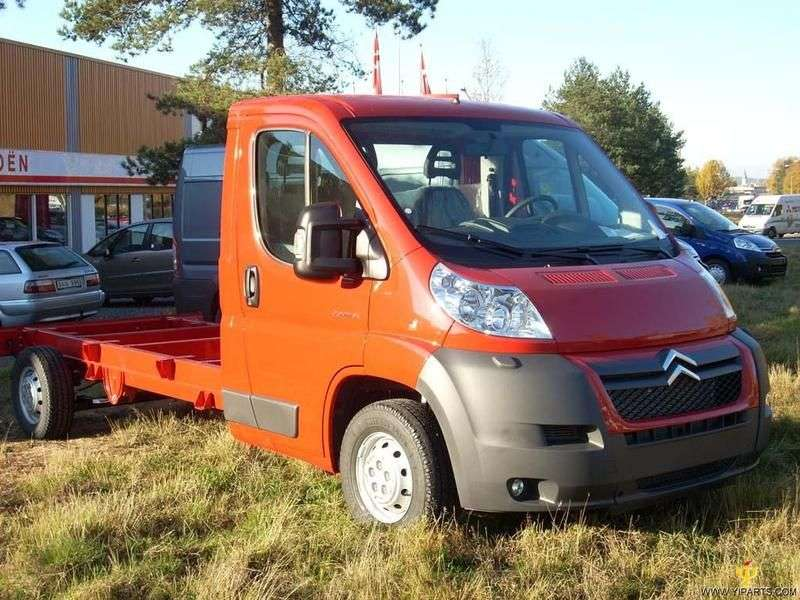 Citroen Jumper 2nd generation chassis 3.0 Hdi MT ChCa 40+ L4 Basic (2012) (2006 – n.)