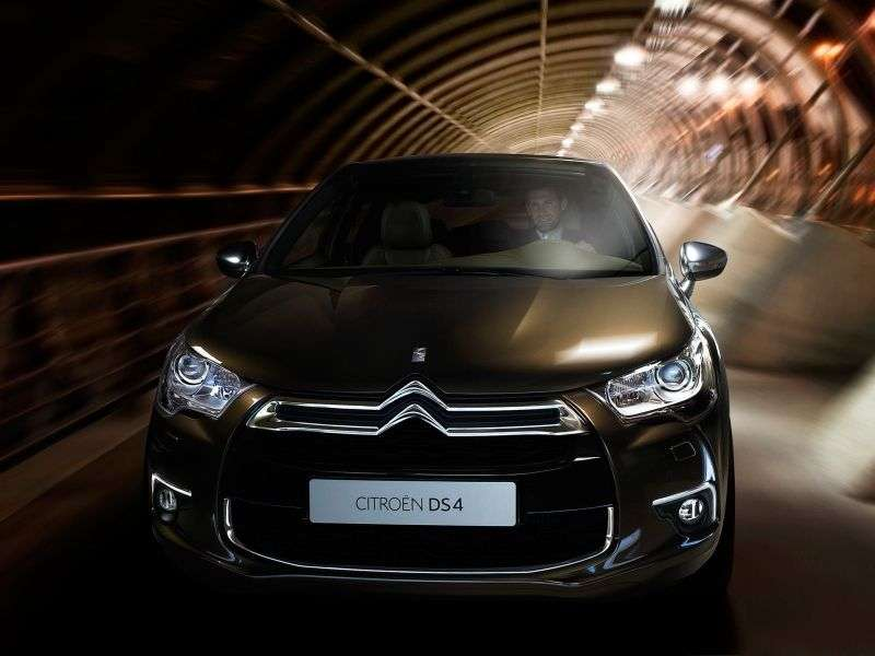 Citroen DS4 1st generation hatchback 1.6 THP AT Chic (2013) (2011 – n.)