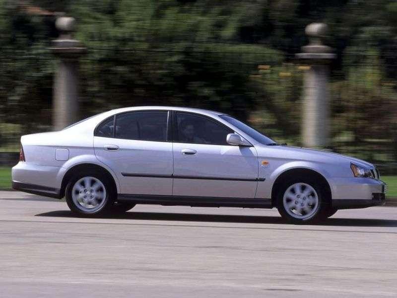 Daewoo Magnus 1st generation 2.0 MT sedan (2000–2006)