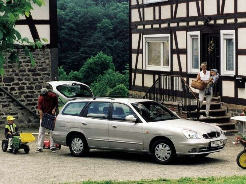 Daewoo Nubira KLAJuniversal 1.6 MT (1997–2001)