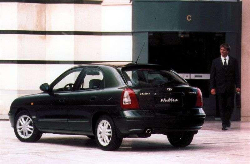 Daewoo Nubira 2nd generation hatchback 1.6 MT (2001–2004)