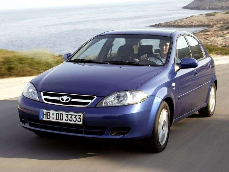Daewoo Lacetti 1st generation hatchback 1.8 AT (2003 – n.)
