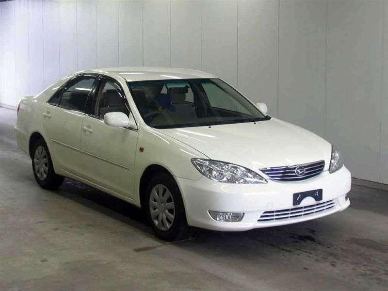 Daihatsu Altis 2nd generation sedan 2.2 4WD AT (2001–2006)