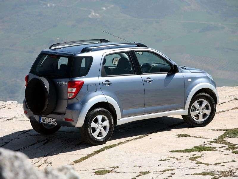 Daihatsu Terios 2 generation crossover 1.5 MT 4WD (2006 – n.)