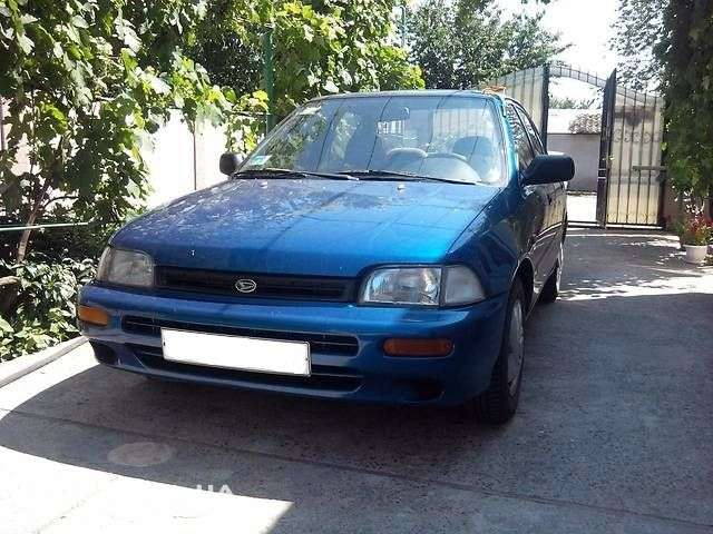 Daihatsu Charade 4 generation sedan 1.5 MT (1994–1996)
