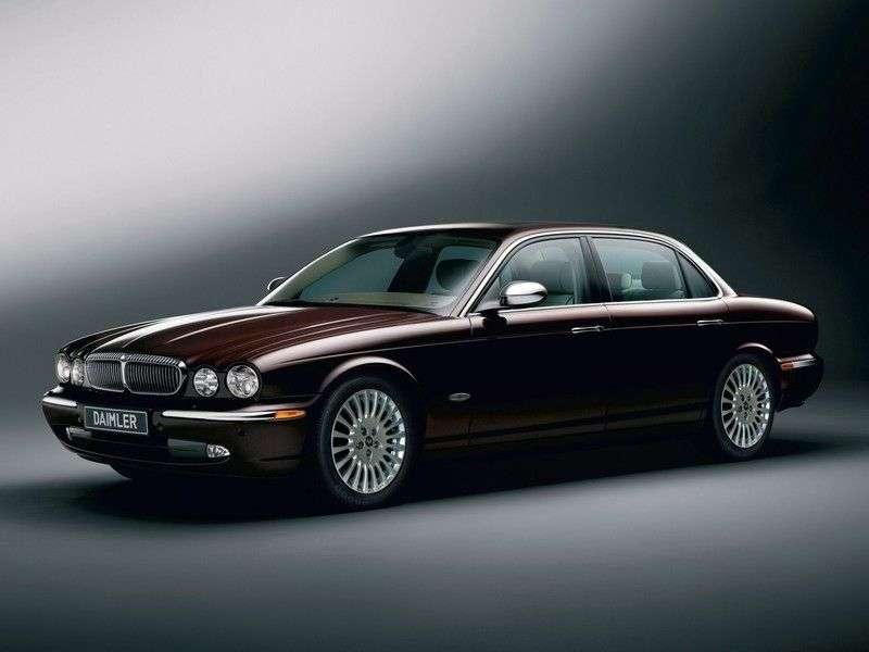 Daimler Super Eight sedan pierwszej generacji 4.2 AT (2005 obecnie)