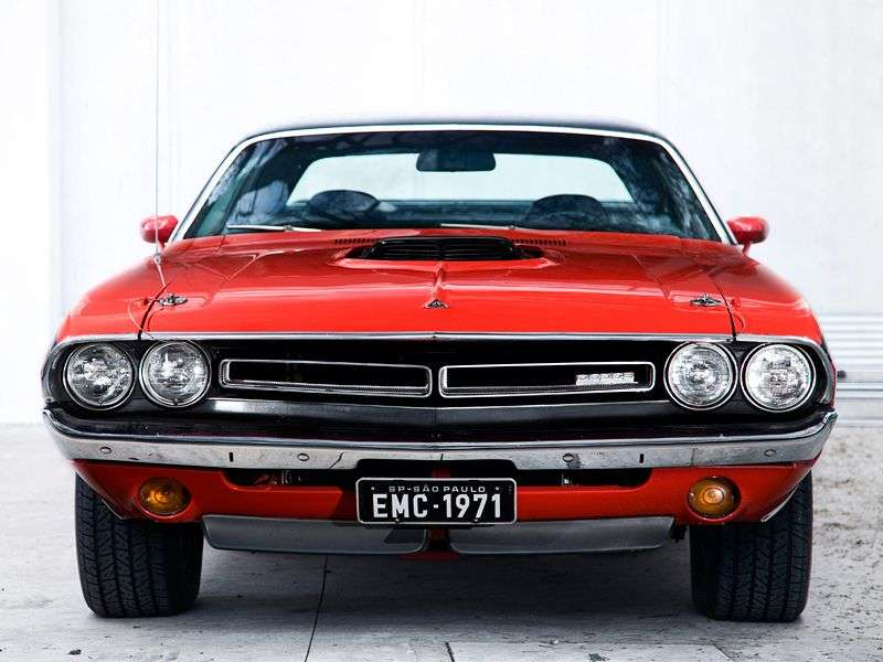 Dodge Challenger 1st generation [restyled] hardtop 3.7 3MT (1971–1971)
