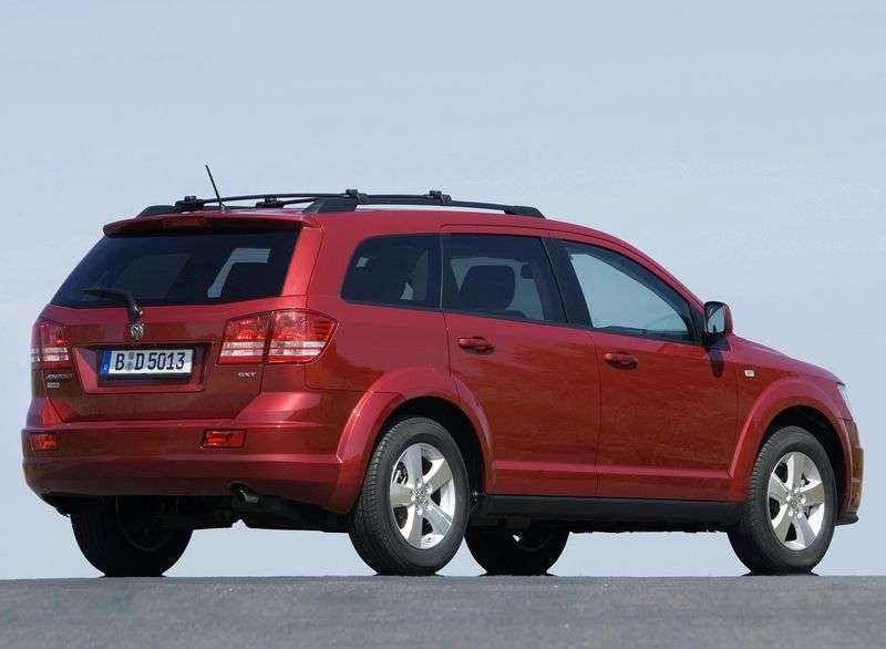 Dodge Journey 1st generation crossover 2.7 AT R / T (2008–2011)