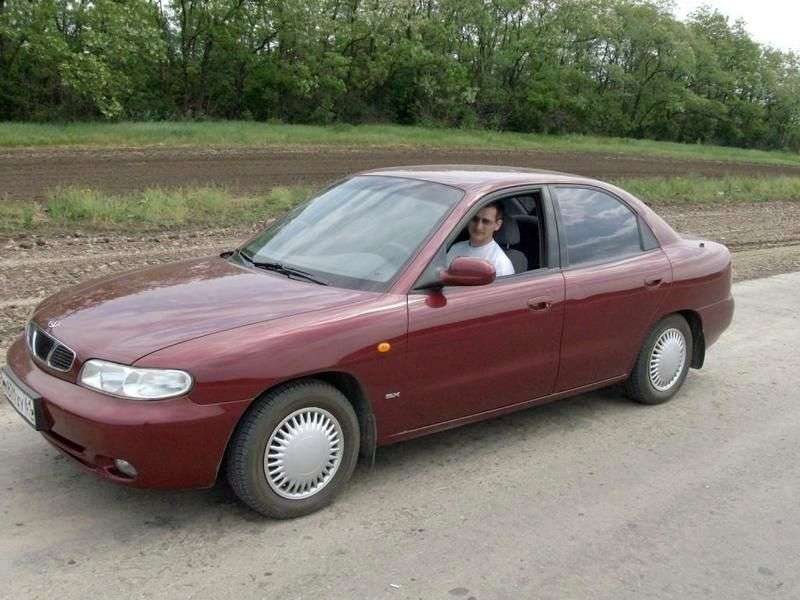 Doninvest Orion J100 sedan 1.6 MT (1998–2000)