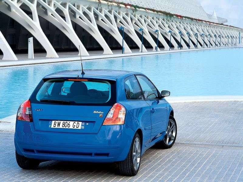 Fiat Stilo 1st generation hatchback 3 dv. 1.6 MT (2001–2010)