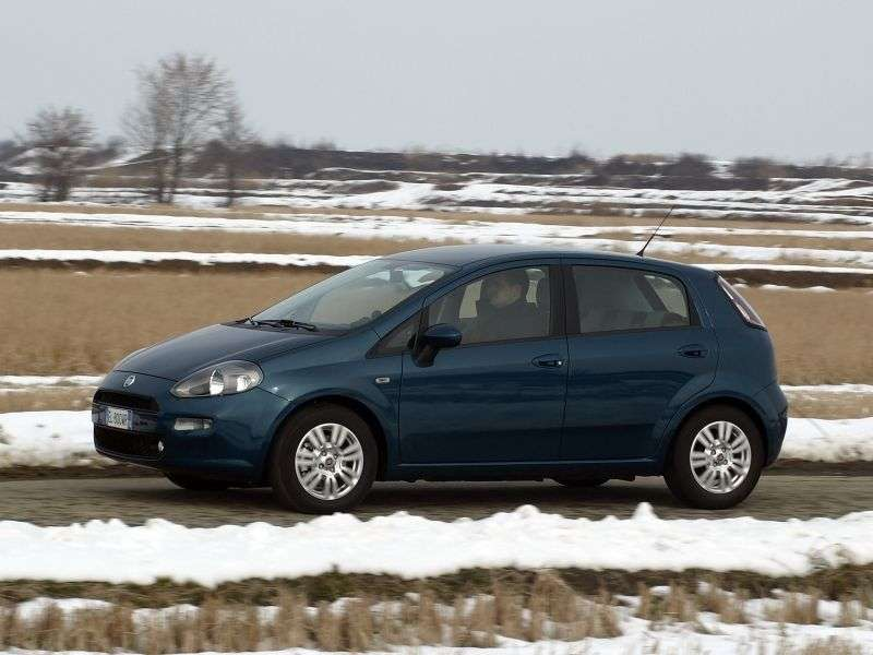 Fiat Punto 3rd generation [restyling] 5 bit hatchback 1.4 MT Racing (2012 – N)