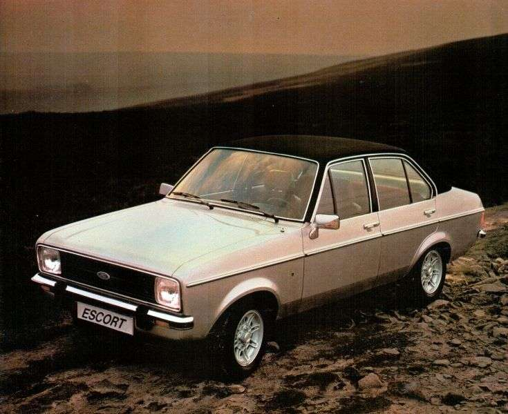 Ford Escort 2nd generation [restyling] sedan 1.3 AT (1978–1980)