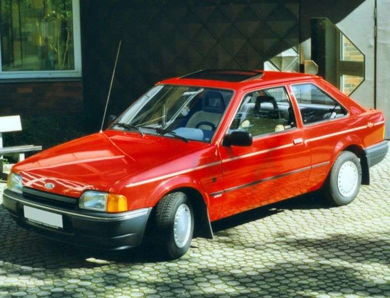 Ford Escort 4 generation hatchback 3 dv. 1.6 D MT (1986–1989)