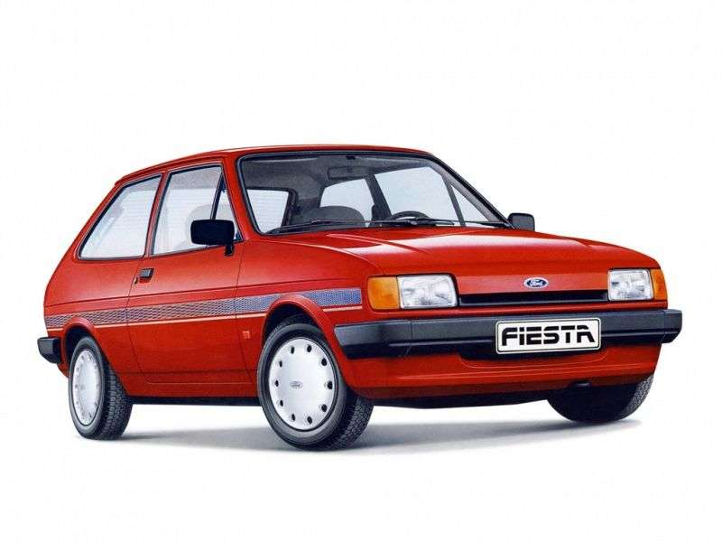 Ford Fiesta 2 generation hatchback 3 dv. 1.4 MT (1986–1989)