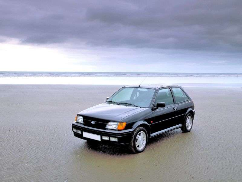 Ford Fiesta 3 generation hatchback 3 dv. 1.4 MT (1989–1991)