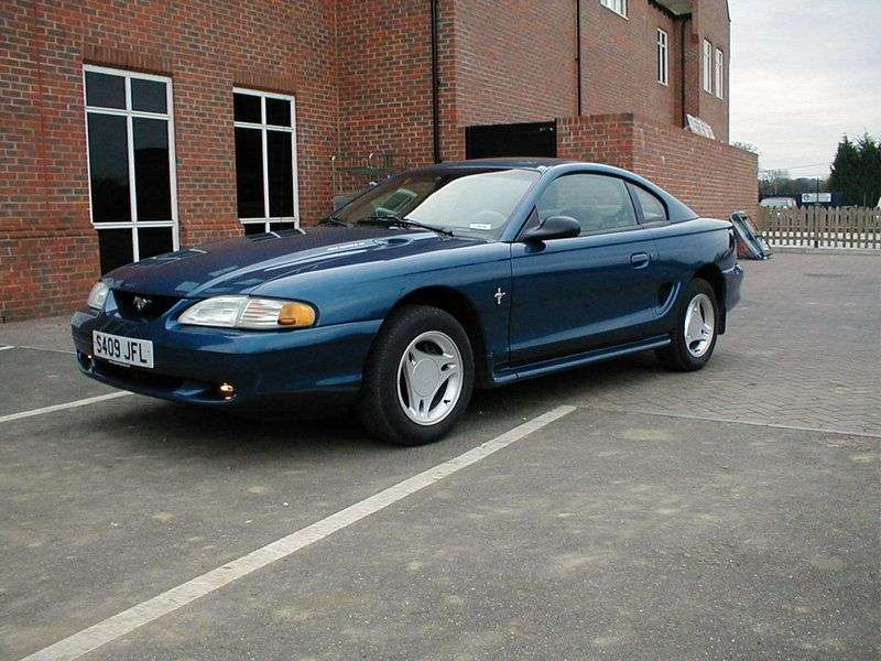 Ford Mustang 4th generation coupe 4.6 Cobra MT (1993–1997)