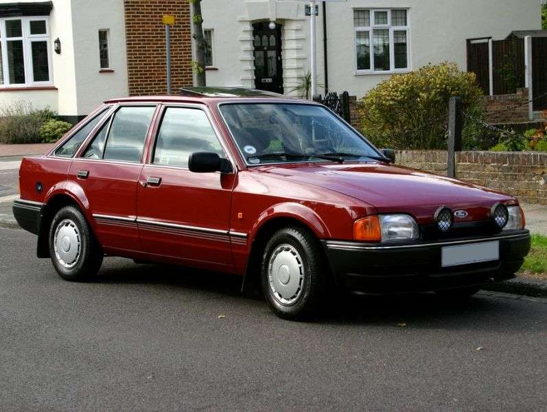 Ford Escort 4 generation hatchback 5 dv. 1.6 MT (1986–1989)