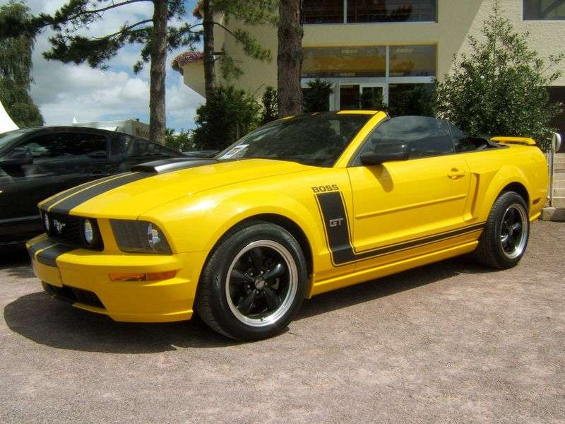 Ford Mustang 5th generation MT 4.0 convertible (2005 – n.)
