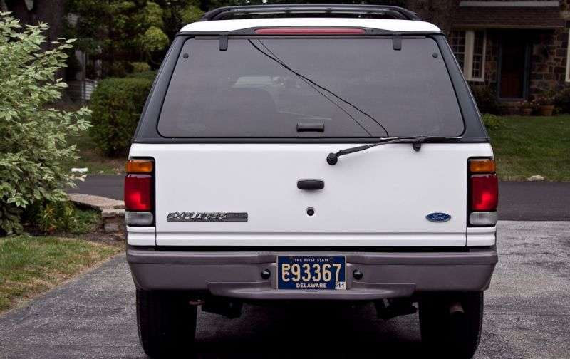 Ford Explorer 2 generation Sport SUV 3 dv. 4.0 MT (1995–1999)